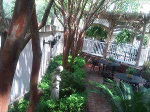 St. Patrick's green garden in Savannah GA's Presidents' Quarters Inn (c) Sandy Traub